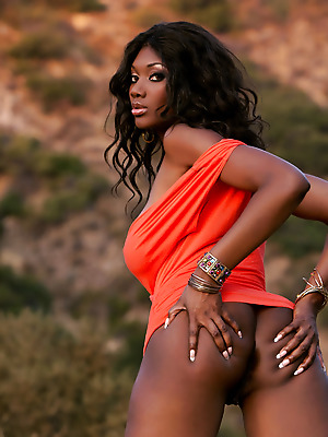 Holly Randall  Nyomi Banxxx  Erotic, Naughty, Softcore