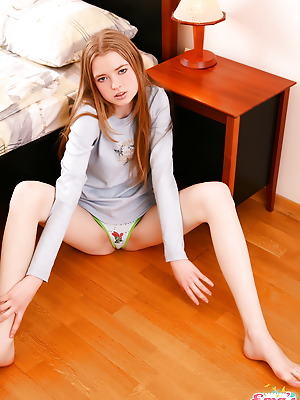 Ema's Place  Ema  Blondes, 18 year, Teens, Young, Solo